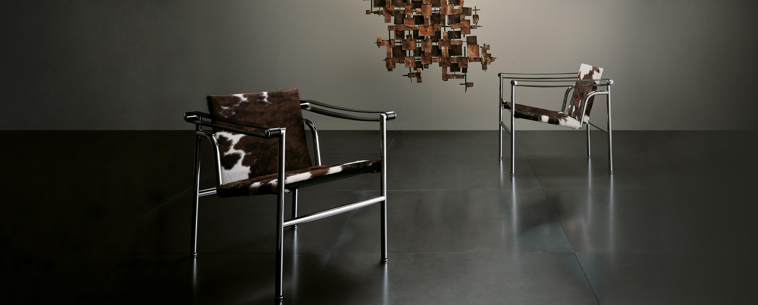 lc1 cassina le corbusier. Black Bedroom Furniture Sets. Home Design Ideas