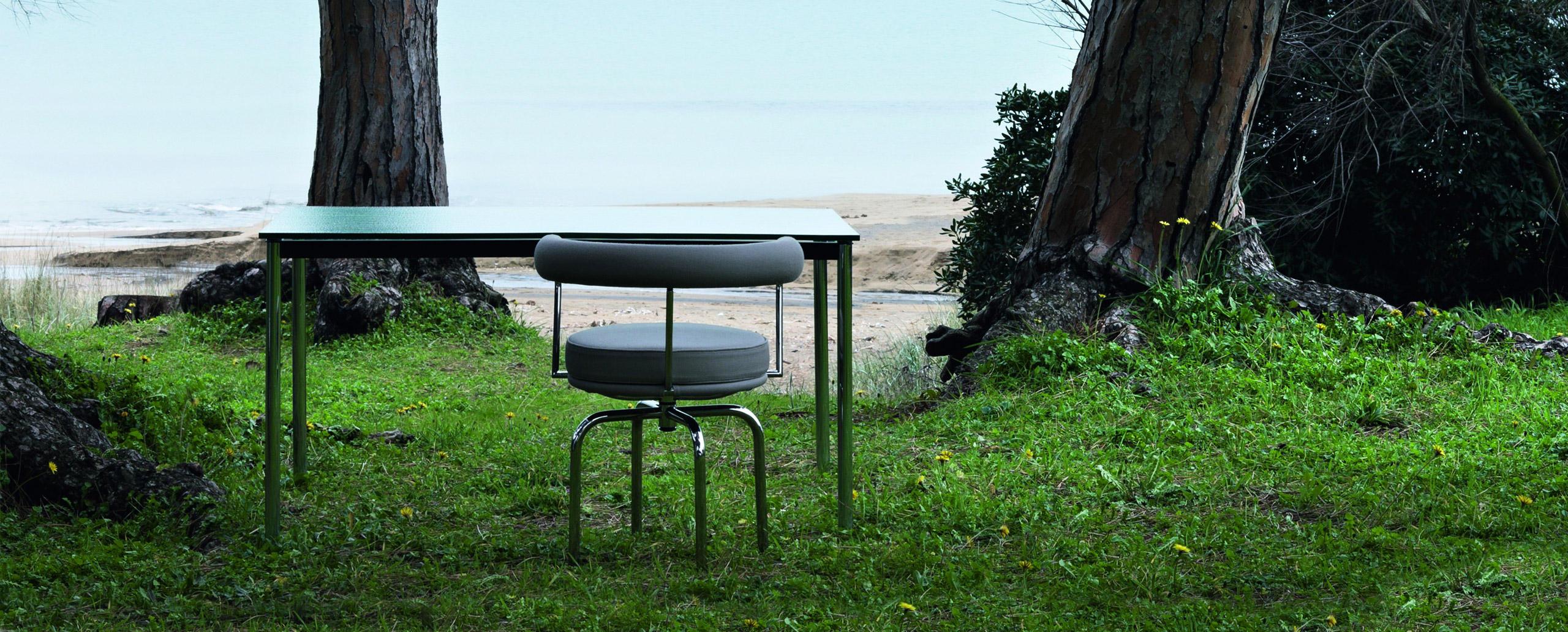 LC7 Outdoor Cassina Le Corbusier