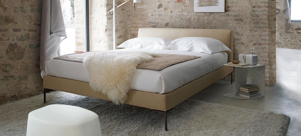 Charles bed b b italia for Presotto camere da letto