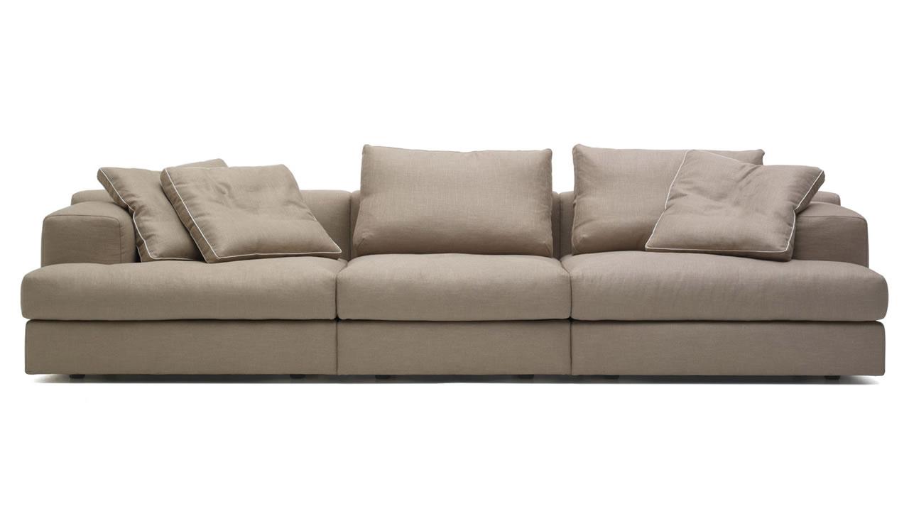 lc2 cassina lc3 cassina lc4 cassina lc6 cassina miloe cassina maralunga cassina moov cassina. Black Bedroom Furniture Sets. Home Design Ideas