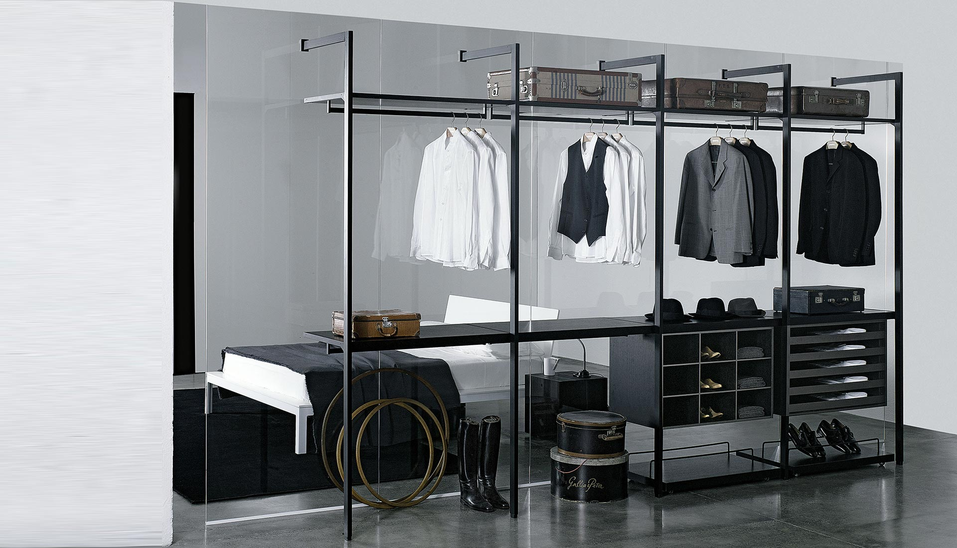 Walk-in closet Storage Porro