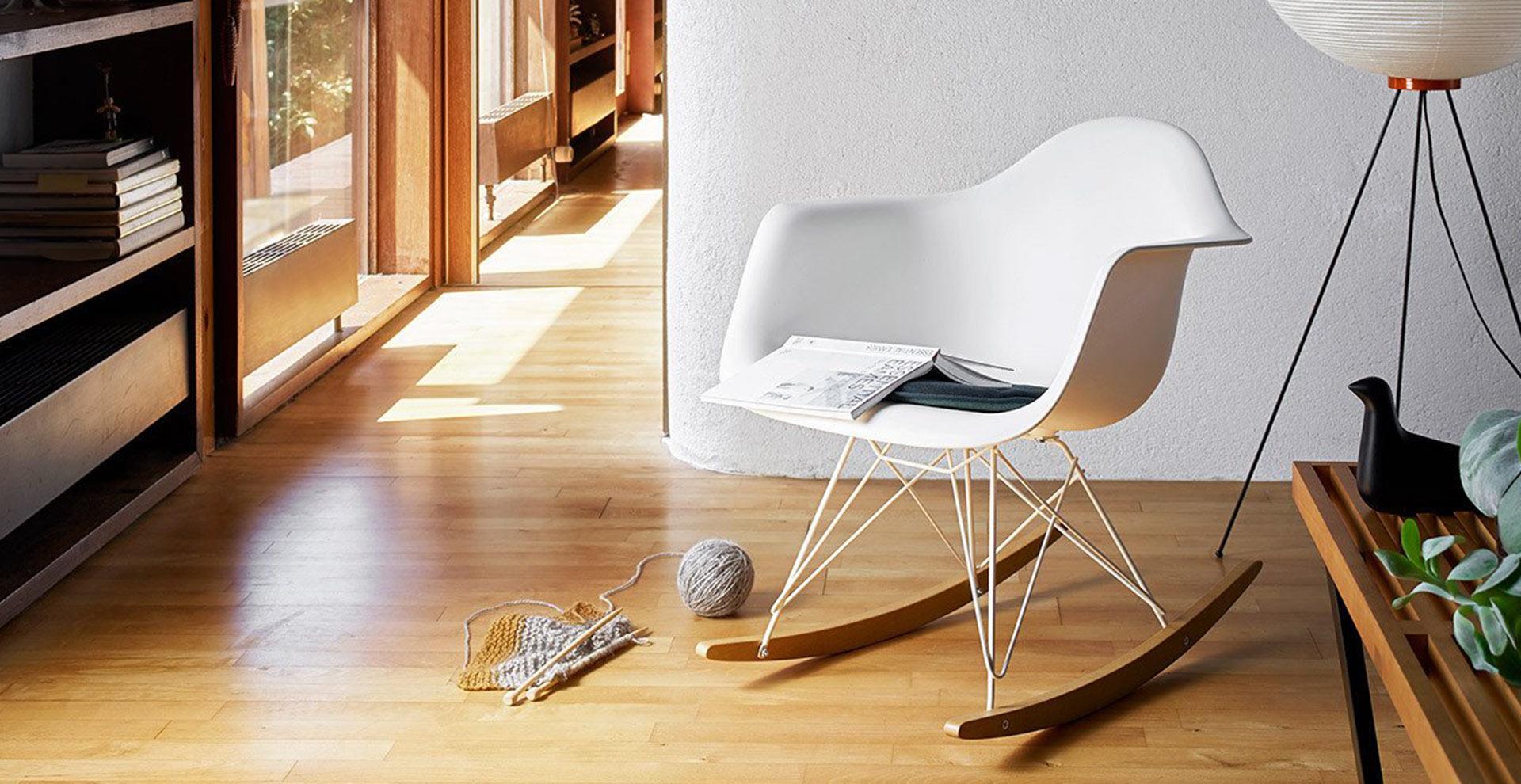 Sedia A Dondolo Rar Eames : Eames plastic armchair rar vitra poltroncina eames plastic