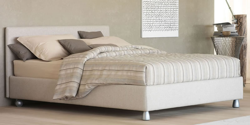 Betten Charles Bed B&B Italia Nathalie Flou Moov Cassina ...