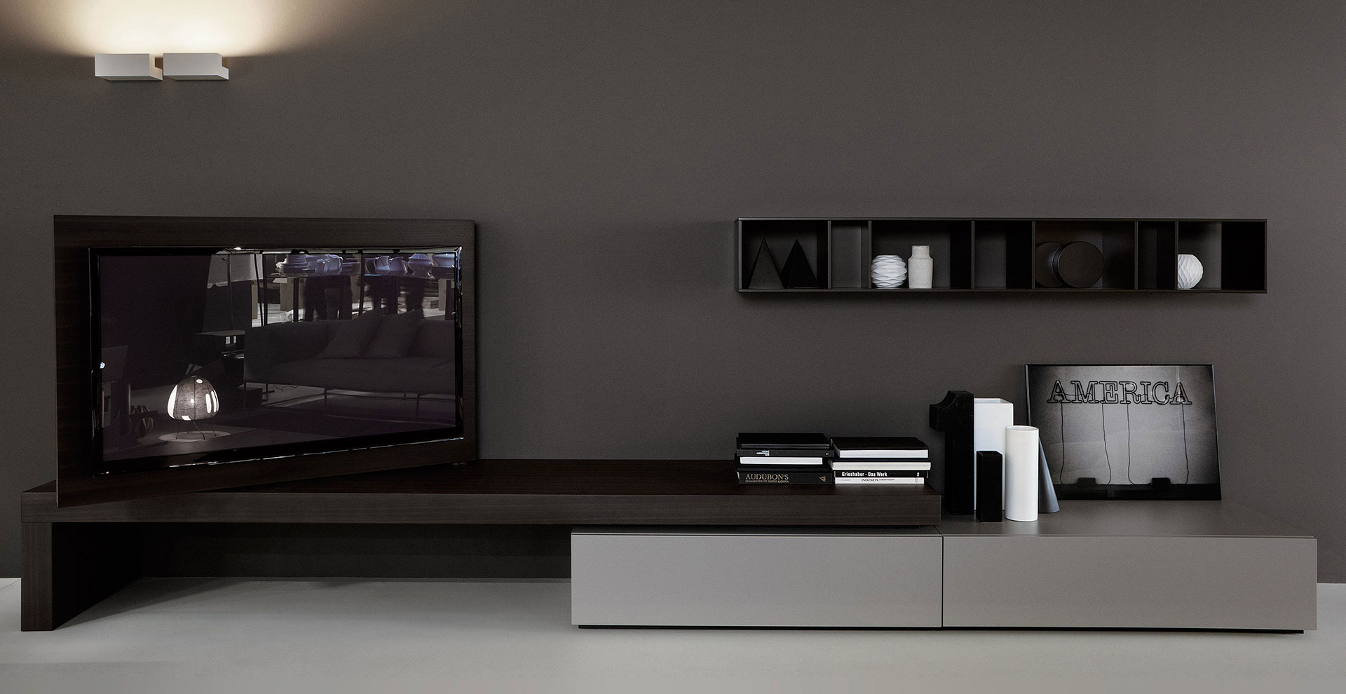 Modern Living TV Hi-Fi Porro