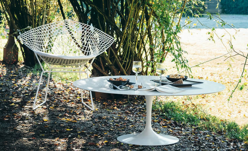 Saarinen Outdoor Knoll - Outdoor
