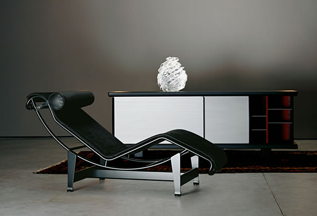 Cassina knoll international vitra poltrona frau fritz for Cassina le corbusier lc4 chaise longue