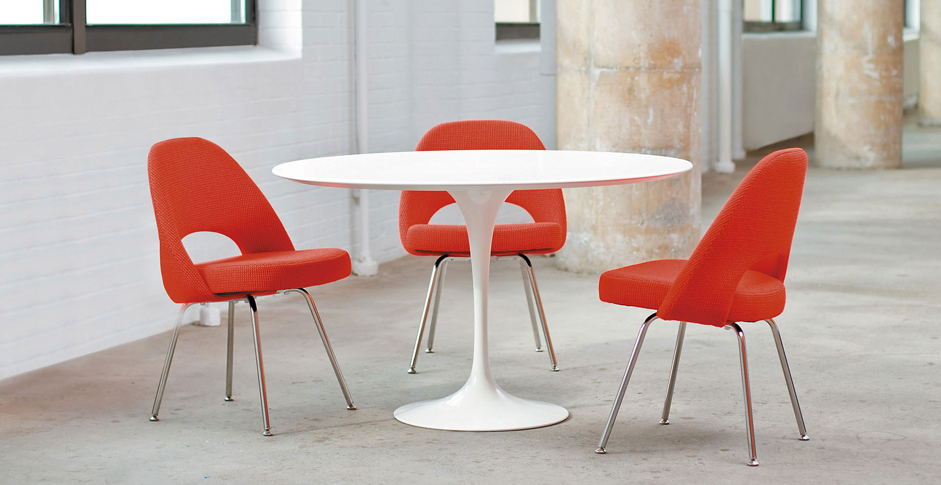 Saarinen Conference Knoll International