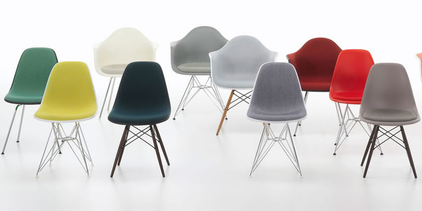 Eames Plastic Side Chair & Armchair Vitra