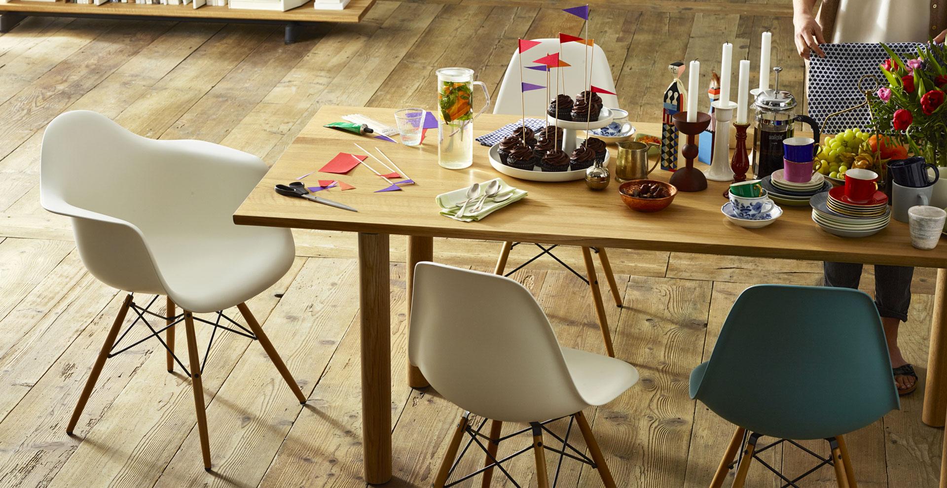 eames plastic side chair vitra st hle eames plastic side chair vitra. Black Bedroom Furniture Sets. Home Design Ideas