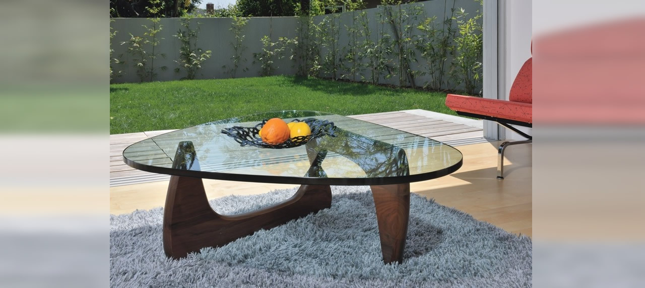 isamu noguchi coffee table an unmarked in noguchi style coffee table coffe coffee tables love. Black Bedroom Furniture Sets. Home Design Ideas