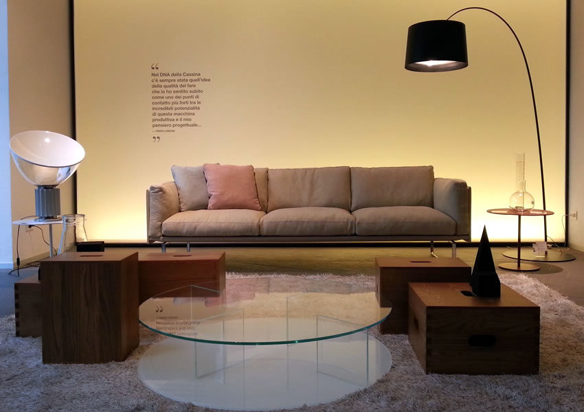 56 divano 8 cube cassina cassina mex cube sofa 186 toot for Mobilia in inglese
