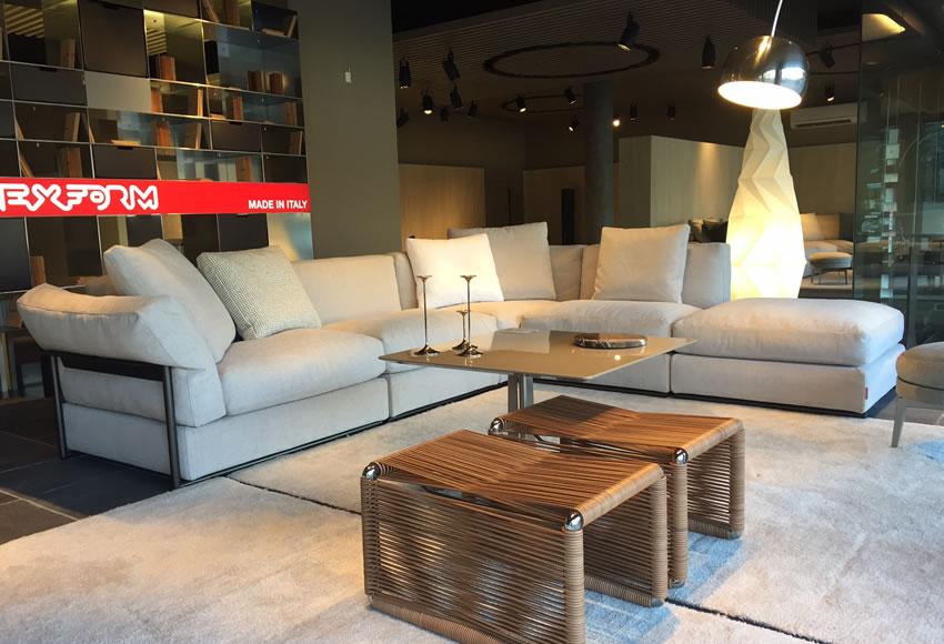 Special offers gerosa design flexform cassina b b for Sofa 400 euro
