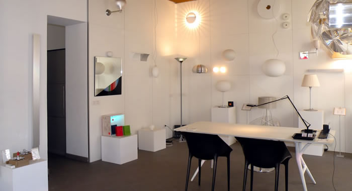 Showroom como luce gerosa design illuminazione como