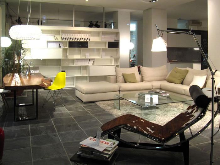 Showroom villa guardia gerosa design arredamento d for Showroom arredamento milano