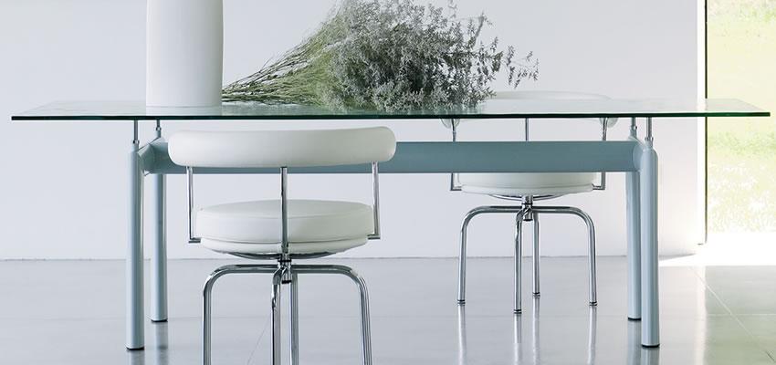 angebote tisch lc6 le corbusier cassina. Black Bedroom Furniture Sets. Home Design Ideas