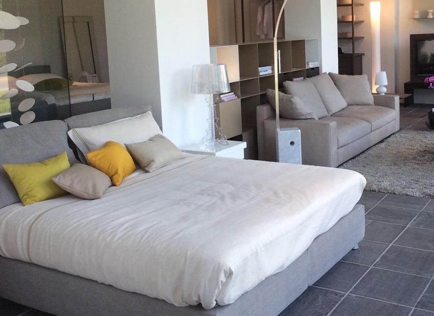 Promozione letto nathalie base comfort flou - Prezzo letto flou nathalie ...